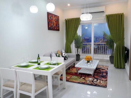 thiết kế nội thất phòng khách căn hộ tầm trung